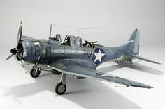 US Douglas SBD-3 Dauntless, TRUMPETER 1/32 scale. By TOMÁS DE LA FUENTE. #WW2 #warbirds #scale_model http://dqscaleworks.blogspot.jp/2013/02/guest-gallery-sbd-3-dauntless-132-by.html