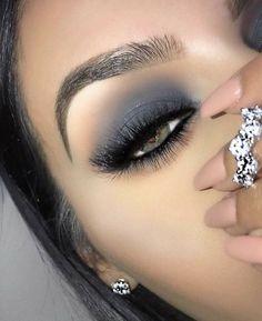 This Article For Yourself If You Enjoy eye makeup tutorial - Make Up Ideas Glam Makeup, Grey Eye Makeup, Eye Makeup Tips, Makeup Goals, Makeup Inspo, Makeup Inspiration, Beauty Makeup, Hair Makeup, Eyeliner Ideas