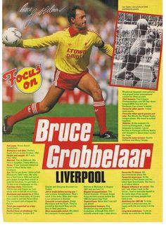 Real Soccer, Soccer Fans, Liverpool Legends, Liverpool Football Club, Retro Football, Vintage Football, Old Football Boots, Bob Paisley, Sir Alex Ferguson