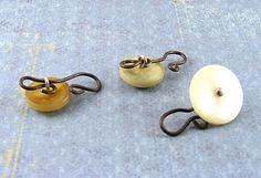 Why didn't I think of this? clasps from buttons