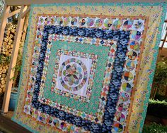 Cabbage Quilts: Museum Medallion Quilt Top Finished...