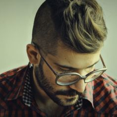 41 Trendy Frisuren Männer Undercut Ray Bans - New Site Hair And Beard Styles, Hair Styles, Look Fashion, Mens Fashion, Fashion Hair, Ray Bans, Undercut Men, Moustaches, Sharp Dressed Man
