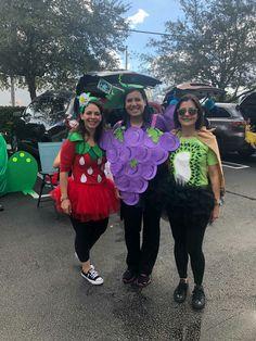 Grapes Costume, Fruit Costumes, Diy Halloween Costumes, Running Outfits, Running Costumes, Art N Craft, Kiwi, Strawberry, School