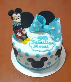 Tarta bautizo con Mickey Mouse