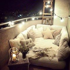 This looks so cozy and comfy! #stargazing #wishiwasthere #comfy #cozy #twinklelights #stringlights
