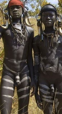 The Mursi Tribe Of Ethiopia and body painting