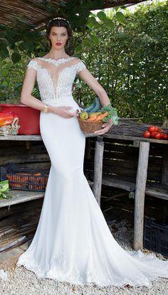 Vestido de noiva sereia com decote: http://manuluize.com/50-vestidos-de-noiva/