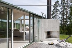 indoor/outdoor fireplaces, concrete triangle
