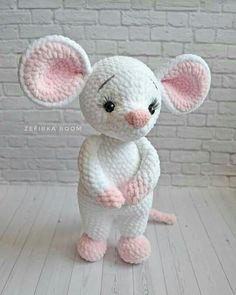Crochet amigurumi 621637554800852491 - 62 ideas crochet toys animals crafts Source by duflotolympe Crochet Mouse, Crochet Bunny, Crochet Dolls, Crochet Dragon, Crochet Amigurumi Free Patterns, Amigurumi Tutorial, Animal Crafts, Stuffed Animal Patterns, Crochet Crafts