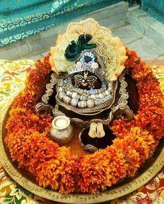 Lord Krishna, Shiva, Krishna Janmashtami, Home Altar, Durga Maa, Indian Festivals, God Pictures, Radhe Krishna, Indian Gods