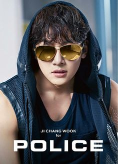 POLICE ❤❤ 지 창 욱 Ji Chang Wook ♡♡ that handsome and sexy look . Ji Chang Wook Abs, Ji Chang Wook Smile, Ji Chang Wook Healer, Ji Chan Wook, Asian Actors, Korean Actresses, Korean Actors, Actors & Actresses, Hot Korean Guys