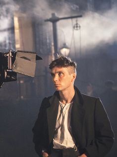 Cillian Murphy as Thomas Shelby Peaky Blinders Series, Peaky Blinders Thomas, Cillian Murphy Peaky Blinders, Beautiful Boys, Pretty Boys, Beautiful People, Red Right Hand, Mode Man, Look At My
