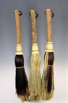 Round Fireplace Broom in your choice of Natural, Black, Rust or Mixed Broomcorn - Besom Style Hearth Broom Broom Corn, Witch Broom, Fireplace Set, Fireplace Tools, Brooms And Brushes, Whisk Broom, Willow Wood, Cleaning Painted Walls, Glass Cooktop