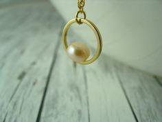Ketten mittellang - elegante Kette mit Perle vergoldet Kreis gold rosa - ein Designerstück von buntezeiten bei DaWanda
