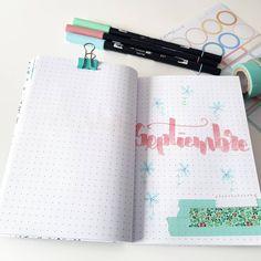 Hola bonicas!! 🤗 . Y aqui mi portada de septiembre me apetecía tonos pastel y sin demasiada complicación 😊 . Por cierto, ayer pregunté en… Notebook, Bullet Journal, Notes, Lettering, Instagram, Sticker Books, Organizing School, Pastel Shades, Stickers