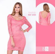 Una prenda con la que te verás sexy y romántica, sácale partido a esta tendencia, encaje y transparencias. El precio en el siguiente link: http://bonabella.com.co/producto/vestido-21199/
