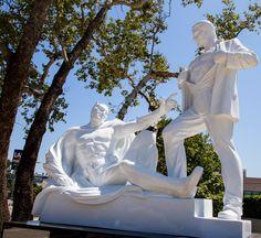 "Mauro Perucchetti's ""Michelangelo 2020: A Tribute To Women"" in WeHo - http://art-nerd.com/losangeles/mauro-perucchettis-michelangelo-2020-a-tribute-to-women-weho/"
