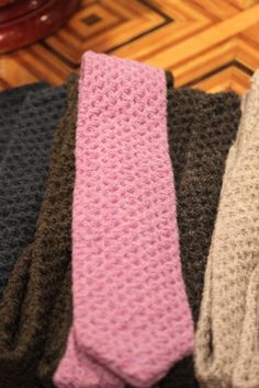 Tom Ford knit ties - i kind of like it...