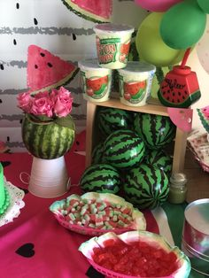 Baby Shower Watermelon, Watermelon Birthday Parties, Fruit Birthday, Birthday Party Snacks, Flamingo Birthday, 3rd Birthday Parties, Birthday Party Decorations, 1st Birthdays, First Birthday Themes