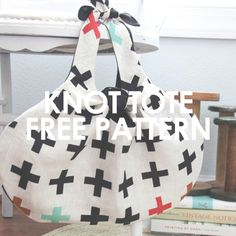 FREE pattern! The knot tote is the perfect purse/bag for learning how to sew. This beginner-friendly pattern is easy to sew. My UpCraft Club affiliate link!