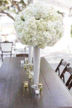 Hydrangeas | Roses | Centerpiece | See the Wedding on SMP: http://www.stylemepretty.com/2013/11/15/charleston-wedding-from-paige-winn-photo | Photography: Paige Winn Photo