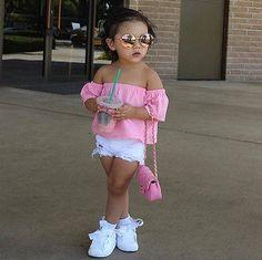 2017 Mode Enfant Enfants T-shirt Tops Off épaule Solide Rose Enfants Blouse T shirt Enfants Vê Girls Fashion Clothes, Toddler Fashion, Kids Fashion, Fashion Fashion, Dress Fashion, Fashion Shorts, Gothic Fashion, Denim Fashion, Street Fashion