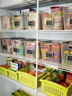 10 Steps to an Organized Pantry ~ Follow these tips on how to organize your pantry to make grocery shopping and meal preparation a breeze.