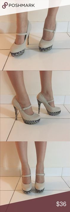 Cream Heels Get these beautiful heels at a great price! Almost like new, barely used. Mint condition! Shoes Heels