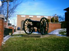 Ripley, OH (Brown County) - A restored Cival War cannon in the front yard of the Union Township Library. Abandoned Ohio, Abandoned Buildings, Abandoned Places, Brown County, Underground Railroad, 10 Picture, Ghost Towns, Cannon, Restoration