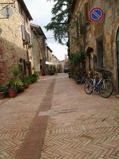 Via del Duomo o Via di Mezzo in  Sovana, Sorano Maremma Tuscany