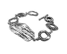Tianguis Jackson Sterling Silver Wristwear http://www.tianguis.co.uk/shop/index.php/sterling-silver-wristwear/bt1433-delicate-sterling-silver-bracelet.html