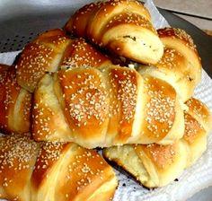 Domestic-baker-rolls  (Serbian recipe site) ... http://www.serbiancookbook.com/food-recipes/appetizers/domestic-baker-rolls/