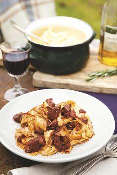 Pappardelle met wild zwijn Pasta, Foodies, Curry, Ethnic Recipes, Curries, Pasta Recipes, Pasta Dishes