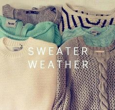 Obsessed with this sweaters I love the winter. Comfy sitting on a couch with a cup tea and a good book. Living the dream ♡♡♡