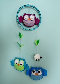 Handmade Felt Baby Owl Mobile by MadeByMadlen on Etsy Owl Crafts, Crafts For Kids, Arts And Crafts, Felt Owls, Felt Animals, Owl Mobile, Stuffed Animals, Projects To Try, Craft Projects
