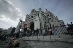 Paris' Sacré-Coeur Basilica shines bright white because of a special type of stone. - Curious Traveler