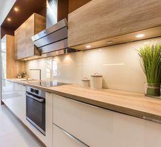 Kitchen Room Design, Kitchen Cabinet Design, Modern Kitchen Design, Home Decor Kitchen, Kitchen Living, Interior Design Kitchen, Home Kitchens, Modern Kitchen Cabinets, Modern Kitchen Interiors