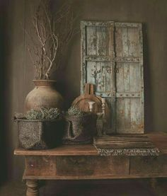 Ruw Wabi Sabi, Love Decorations, Rustic Room, Interior Decorating, Interior Design, Old Doors, Rustic Interiors, Rustic Design, Vignettes