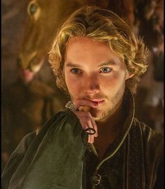King Francis II #reign #francis #kingfrancis #king #tobyregbo #handsome
