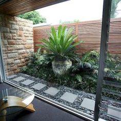 Low maintenance small backyard garden ideas (51)