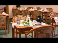Hotel Am Uenglinger Tor - Stendal - Visit http://germanhotelstv.com/hotelgarniamuenglingertor This hotel in the town of Stendal is just a 10-minute walk from the historic marketplace.  Start your day with a visit to the hearty free breakfast buffet. -http://youtu.be/9UzBiNlab5Y
