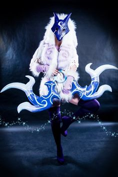 Kindred Cosplay / League of Legends / LoL / Photography // ♥ More at: https://www.pinterest.com/lDarkWonderland/