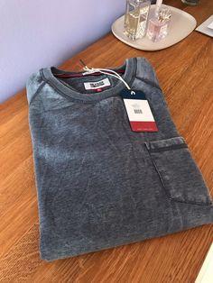 692f1dc7be Moje Pánská mikina Tommy Hilfiger Denim Sweatshirt Burnout od Tommy Hilfiger!  Velikost 52   XL