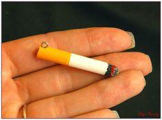 Pendentif fausse cigarette original et unique x1 : Autres accessoires bijoux par lilycherry