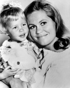 This one (literally) had a ton of tricks up her sleeves:  Elisabeth Montgomery as Samantha Stevens in  'Bewitched.'