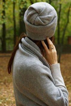 С началом нового осенне-зимнего сезона каждый раз возникает вопрос, какими шапками побаловать своих близких??? В этом году я остановила сво...