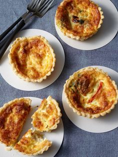 photo of Vegetable Quiches Egg Recipes, Gourmet Recipes, Vegetable Quiche, Savory Tart, Brunch Party, No Bake Cookies, Kid Friendly Meals, Good Food, Food Porn
