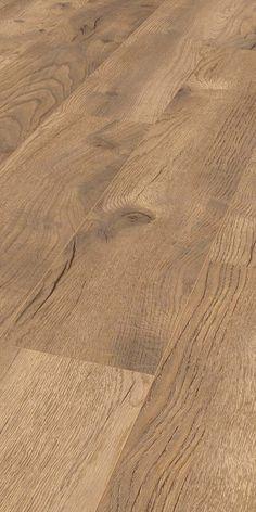 Die Breiten Holzplanken Und Ubereinstimmung Von Dekor Pragung Sorgen Fur Einen Authentischen Holzlook Des Laminats Hochwertiger Laminatboden Mit