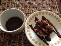 Aprende a preparar frosting de chocolate con esta rica y fácil receta. Para empezar a realizar nuestro frosting de chocolate, el primer paso es prealistar todos los...