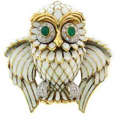 Diamond, Emerald, Enamel & Yellow Gold Owl Pin/Pendant by David Webb Bird Jewelry, Enamel Jewelry, Art Deco Jewelry, Antique Jewelry, Vintage Jewelry, Jewelry Design, Jewellery, Stone Jewelry, Jacqueline Kennedy Onassis